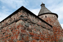 Monastère de Solovetsky. Tour blanche Photographie stock