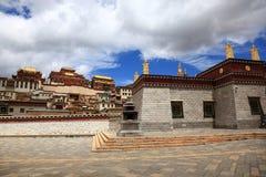 Monastère de Songzanlin dans Zhongdian, Chine Photo libre de droits