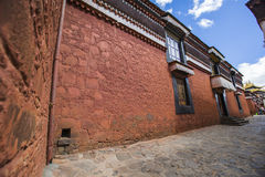 Monastère de Tashilhunpo dans le plateau tibétain Photographie stock libre de droits