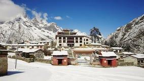 Monastère de Tengboche au Népal banque de vidéos