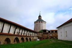 Monastère (Kirillo-Belozersky) Images stock