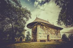 Monastère orthodoxe d'Arbore en Roumanie photos stock