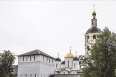 Monastère orthodoxe dans la ville de Borovsk près de Moscou Photo stock