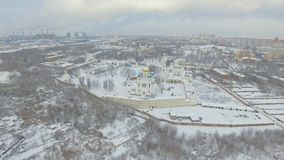 Monastère pendant l'hiver clips vidéos