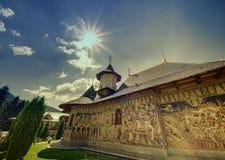 Monastère roumain de Petru Voda photos stock