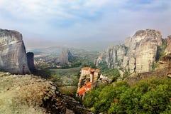 Monastères dans les montagnes La Grèce Images libres de droits