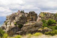 Monastères de Meteora, formations de roche incroyables de grès Images libres de droits