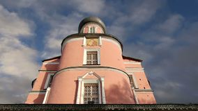 Monastério de Donskoy Igrejas medievais do russo no território Moscovo, Rússia vídeos de arquivo