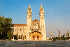 Monastério de Jeronimos em Belém, Lisboa, Portugal no crepúsculo imagens de stock