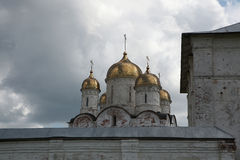 Monastério de Luzhetsky em Mozhaysk perto de Moscou, Rússia fotos de stock royalty free