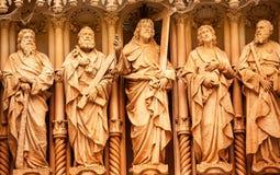 Monastério de Monestir das estátuas do discípulo de Christ de Montserrat Spain fotografia de stock