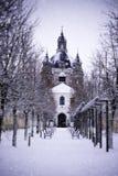 Monastério de Pazaislis e igreja no inverno, Kaunas, Lituânia foto de stock