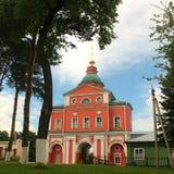 Monastério de Pokrovsky Khotkovo imagens de stock royalty free