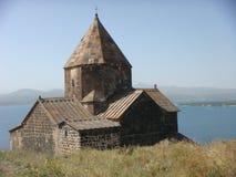 Monastério de Sevanavank em Armênia com atrás do lago Sevan Imagens de Stock
