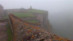 Monastério de Tatev na névoa video estoque
