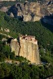 Monastério em Meteora, Greece fotos de stock