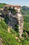 Monastérios rochosos de Meteora do verão, Grécia fotos de stock