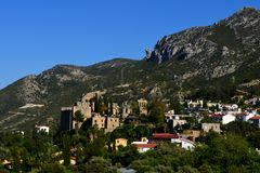 Monasterio de Bellapais cerca de Kyrenia Girne, Chipre septentrional Fotografía de archivo libre de regalías