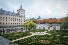Monasterio de Escorial en Autumn Storm fotografía de archivo