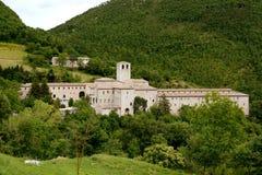 Monasterio de Fonte Avellana, Marche, Italia Foto de archivo libre de regalías