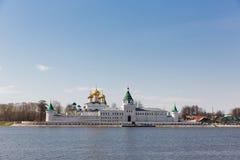 Monasterio de Ipatiev, Kostroma, Rusia imagenes de archivo