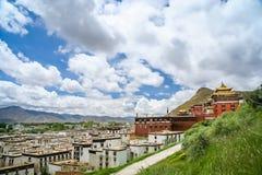 Monasterio de Jokhang cerca de Lasa Fotografía de archivo libre de regalías