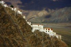 Monasterio de Karsha en el rango de Zanskar fotos de archivo