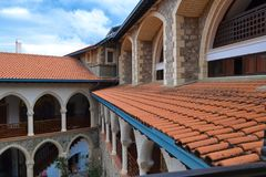Monasterio de Kykkos en las montañas de Troodos Foto de archivo libre de regalías