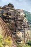 Monasterio de la montaña en Meteora, Grecia Fotografía de archivo libre de regalías
