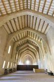 Monasterio de los dormitorios de Santa María de Poblet imágenes de archivo libres de regalías