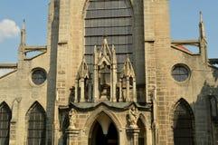 Monasterio de SEDLECKÝ con la catedral de la suposición en Kutna Hora, República Checa Foto de archivo