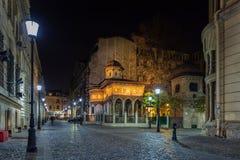 Monasterio de Stavropoleos en la vieja área de la ciudad de Bucarest Fotos de archivo