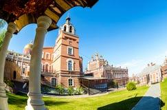 Monasterio del ` s de las mujeres de Iversky en día de verano Imágenes de archivo libres de regalías