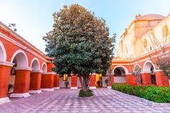 Monasterio del santo Catherine en Arequipa, Perú. (Español: Santa Catalina) Fotografía de archivo libre de regalías