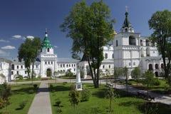 Monasterio en Kostroma, Rusia de Ipatiev Imagen de archivo libre de regalías