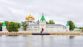 Monasterio en Kostroma, Rusia de Ipatiev Fotografía de archivo
