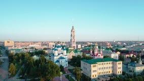 Monasterio en la orilla del r?o Tambov Russia_10 almacen de video