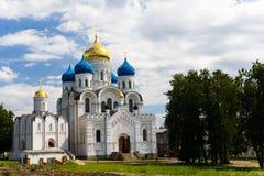 Monasterio en la región de Moscú Fotos de archivo