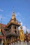 Monasterio en Shantytown de Bangkok, Tailandia Imagen de archivo
