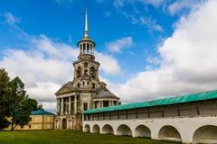 Monasterio en Torzhok Foto de archivo libre de regalías