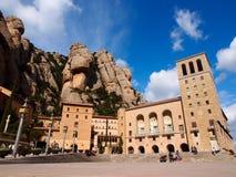 Monasterio famoso de Montserrat en las montañas Fotografía de archivo libre de regalías