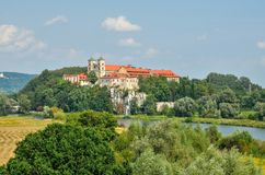 Monasterio histórico hermoso Fotos de archivo libres de regalías
