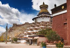 Monasterio tibetano imagen de archivo