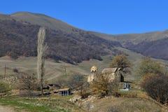 Monastero armeno medievale nelle montagne Immagini Stock