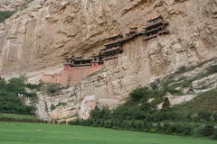Monastero d'attaccatura famoso nella provincia di Shanxi vicino a Datong, Cina, immagine stock libera da diritti