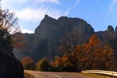 Monastero d'attaccatura a Meteora di Kalampaka in Grecia Il Meteora Fotografie Stock