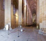 Monastero di Batalha. Nave ed altare della chiesa Fotografie Stock