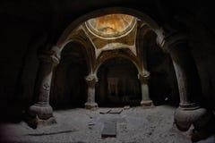 MONASTERO DI GEGHARD, ARMENIA - 4 AGOSTO 2017: Monastero di Geghard Fotografie Stock Libere da Diritti