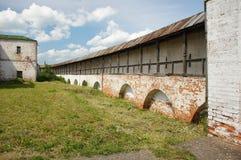 Monastero di Goritsky della parete fotografie stock libere da diritti