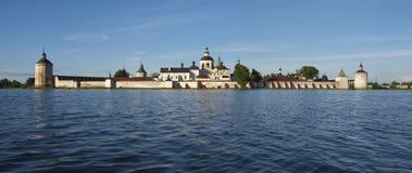 Monastero di Kirillo-belozerskiy di panorama. Immagine Stock Libera da Diritti
